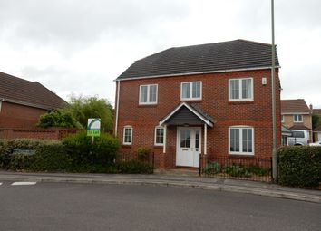 Thumbnail 4 bed detached house to rent in Foxglove Way, Thatcham