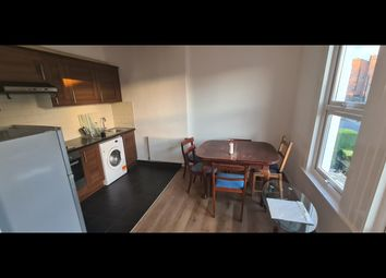 Thumbnail 3 bed flat to rent in (DSS Welcome) Outram Road CR0, East Croydon,