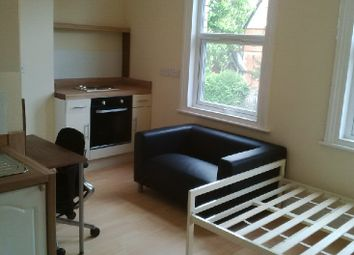 Thumbnail 1 bedroom flat to rent in Whitley Street, Reading