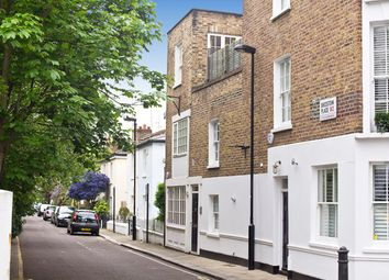 Thumbnail 3 bed town house for sale in Bridstow Place, Notting Hill