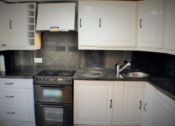 Thumbnail 2 bed flat to rent in Victoria Street, Dunfermline