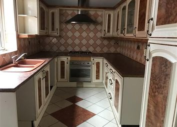 Thumbnail 5 bedroom terraced house to rent in Rowsley Street, Leicester