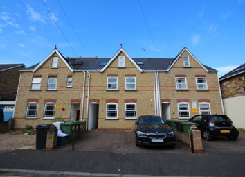 Thumbnail 6 bed town house to rent in Southsea Road, Kingston Upon Thames