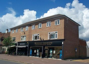 Thumbnail 3 bed flat to rent in Packhorse Road, Gerrards Cross