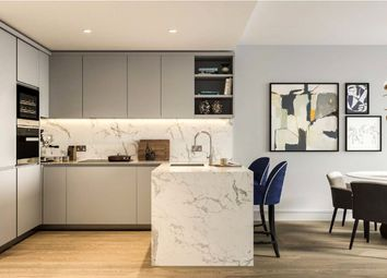 2 bed flat for sale in One Bishopsgate Plaza, City Of London EC2M