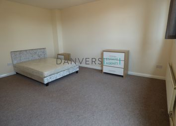 Thumbnail 3 bed flat to rent in Western Boulevard, Leicester