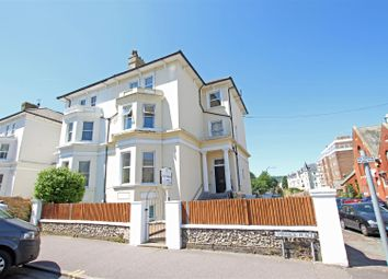 2 bed flat to rent in Chiswick Place, Eastbourne BN21