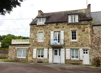 Thumbnail 6 bed property for sale in Carhaix-Plouguer, Finistère, France