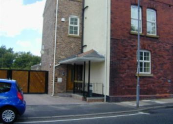 Thumbnail 2 bed flat to rent in Broadoak Road, Ashton-Under-Lyne