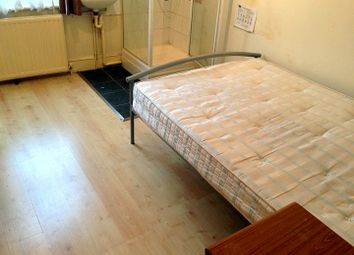 Thumbnail 1 bedroom terraced house to rent in Westbury Avenue, Wood Green, London