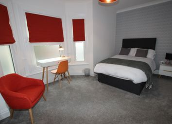 Thumbnail Room to rent in Wantage Road, Reading