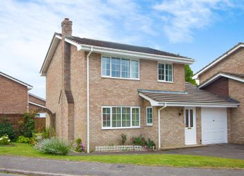 Thumbnail 3 bedroom detached house for sale in West Park Road, Handcross, Haywards Heath