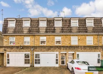 Thumbnail 3 bed town house for sale in Eversleigh Road, Finchley
