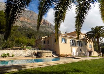 Thumbnail 4 bed villa for sale in No Town