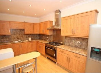 Thumbnail 2 bed flat to rent in Broxash Road, Clapham
