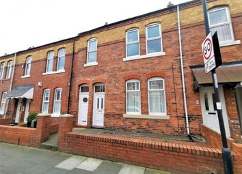 2 bed flat to rent in Lansdowne Terrace, North Shields NE29