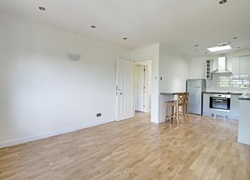 Thumbnail 2 bed flat to rent in Wessex Court, High Road, Whetstone, London