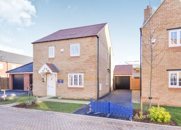 Thumbnail 3 bed detached house for sale in Lansdown Close, Banbury