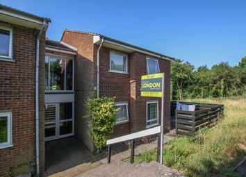 Thumbnail 2 bed flat to rent in Chiltern Park Avenue, Berkhamsted