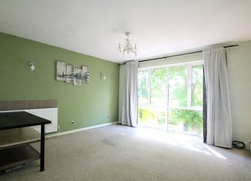 2 bed maisonette to rent in Turnpike Link, Croydon CR0