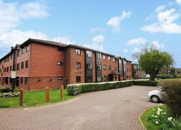 Thumbnail 1 bedroom flat for sale in Cedar Lodge, Brighton Road, Crawley, West Sussex.