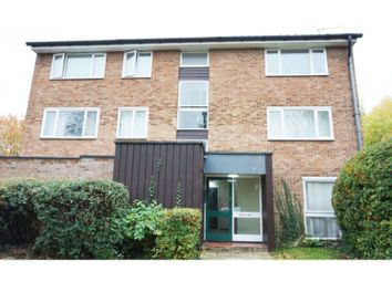 Thumbnail 1 bed flat for sale in Middlefields, Croydon