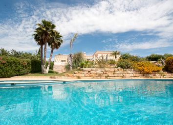Thumbnail 8 bed villa for sale in Portugal, Algarve, Moncarapacho