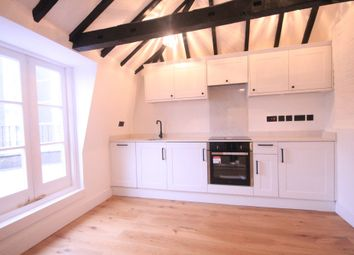 Thumbnail 1 bed flat to rent in Shenfield Road, Brentwood, Essex