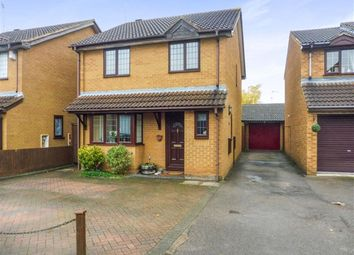 Thumbnail 4 bedroom detached house for sale in Mees Close, Luton