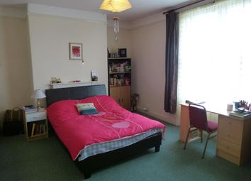 Thumbnail 2 bed flat to rent in Eastgate, Taunton