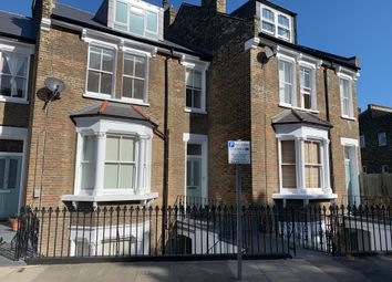 Thumbnail 2 bed flat to rent in Tuskar Street, London