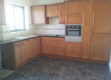 Thumbnail 3 bedroom property to rent in Castle View, Walcott, Lincoln