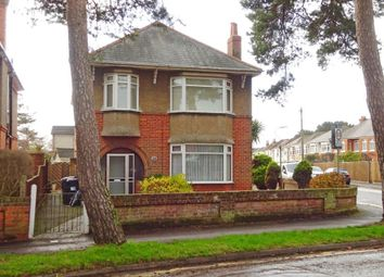 Thumbnail 2 bed flat to rent in Victoria Park Road, Winton, Bournemouth
