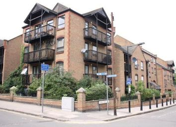 Thumbnail 2 bed flat to rent in Horseshoe Close, London
