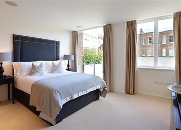Thumbnail 2 bedroom flat to rent in Young Street, London