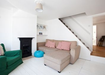Hanover Terrace, Brighton, East Sussex BN2. 2 bed cottage