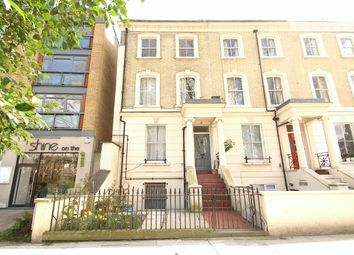 Thumbnail 1 bed flat to rent in Newington Green, London