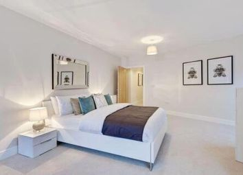 Thumbnail 3 bed flat for sale in Millhill, London