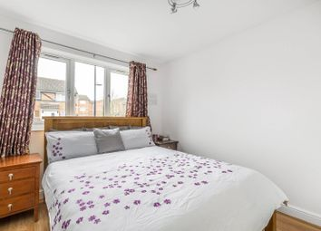 1 bed maisonette to rent in Raglan Close, Hounslow TW4