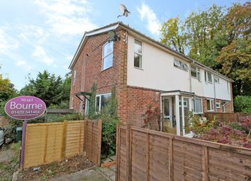 Thumbnail 2 bed maisonette to rent in Woodlands Court, Alton