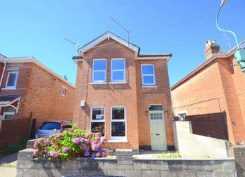 Jefferson Avenue, Boscombe, Bournemouth BH1. 2 bed flat for sale