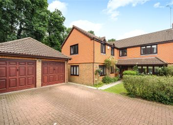 Thumbnail 5 bedroom detached house for sale in Matthews Chase, Binfield, Berkshire