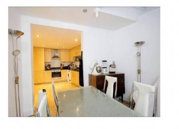 Thumbnail 4 bed flat to rent in Deverell Street, London Bridge