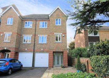 Thumbnail 4 bed town house for sale in Cintra Close, Reading