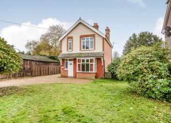 Thumbnail 3 bedroom detached house to rent in Hambledon Road, Denmead, Waterlooville