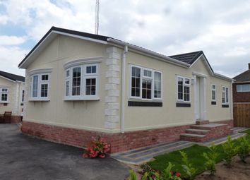 Thumbnail 2 bed mobile/park home for sale in Sea Lane, Ingoldmells, Skegness