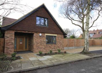 Thumbnail 3 bed detached house for sale in Roundwood Gardens, Harpenden, Hertfordshire