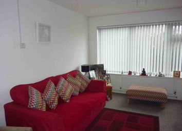 Thumbnail 2 bed flat to rent in Coldharbour Lane, Bushey