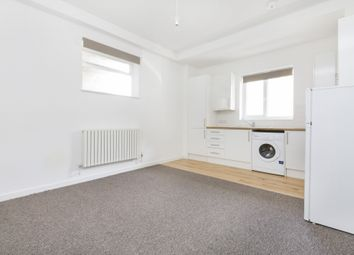 Thumbnail 1 bed flat to rent in Queens Road, Peckham, London