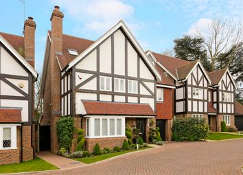 Thumbnail 5 bedroom detached house for sale in Branston Close, Watford
